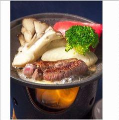 【厳選!上州牛ステーキ200g】大自然の恵みをたっぷり受けた上州牛ステーキを秘伝のタレで召し上がれ!