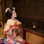 GOTO対象【京都で体験】お座敷で舞妓体験&写真撮影プラン■タクシーで15分