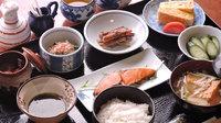 ≪朝食付き≫九州産の旨い米&アツアツ出汁巻き玉子♪体に優しい和食で朝から健康!