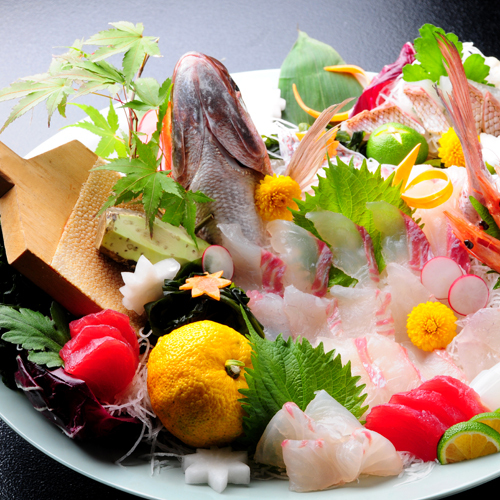 近海鯛の姿造り&絶品阿波牛しゃぶ+アユ(又はあめご)塩焼!徳島の名産を満載の食べ尽しプラン