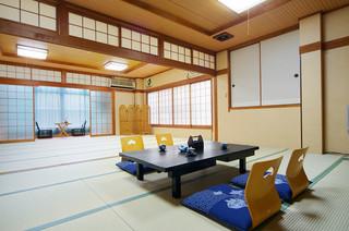 和室12畳+15畳※グループ旅行に最適!【無料WiFi】