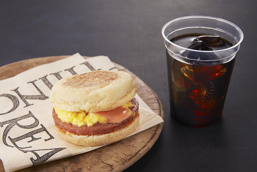 【楽パック】【レイトチェックアウト】朝はゆっくり12時チェックアウト♪<朝食付き>