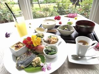 【朝食付き】ゆった〜りくつろぐリゾートコース