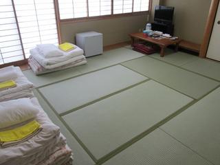 【本館】和室12畳(風呂・トイレ共同)【男性限定】 ※朝食無料サービス
