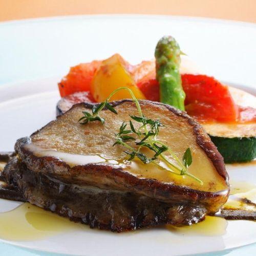 《RiccaWメインコース》但馬牛熟成肉&天然黒鮑のコンポートロースト【レストランRicca】