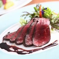 ≪レイトアウト11時&スパークリングワイン≫【洋室×レストラン】但馬牛熟成肉と蟹のヴァプール