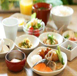【15時イン−翌21時アウト】30時間ステイプラン≪朝食付き≫