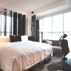 【さき楽14】朝食、ミニバー、ラウンジ全部無料★ワンランク上の高級感あるビジネスホテル!