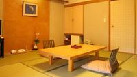 [禁煙]白水館・碧水亭/和室8畳定員1〜3/夕食は部屋食