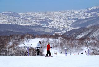 ☆冬客旅☆ ♪選べるスキー場♪ マイアorやぶはらスキー場リフト優待券付 朝食付♪
