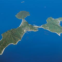 【定番】船で15分のお手軽離島体験♪粟島でのんびり島時間を満喫【★現金特価】