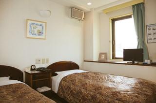 【ビジネスマン歓迎】 ツインルームに一人で宿泊  (朝食付)