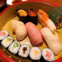 【 寿司出前プラン(1泊2食) 】 地元おススメ寿司店からの出前 / 夕食は部屋食