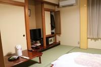 和室8畳又は10畳(バス・トイレ付)