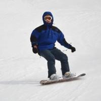 【冬季◇エコ素泊り】アメニティ無しでリーズナブル!ゲレンデ車で3分♪Wi-Fi完備。スキー・スノボ