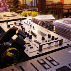 【毎月第4日曜限定】音楽好きさんは宮津へ集合!ライブ開催♪音を楽しむ夜☆朝食付