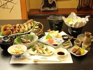 【季節限定】 ◆特典付◆「栗の里」恵那の松茸&恵那栗 《贅沢会席》 【1泊2食】【秋のぎふ旅】