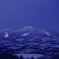【お先でスノ。】 アンヌプリ国際スキー場リフト 5連泊で4日券付き