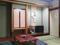 【2階・山側】和室8畳(2-4名)<禁煙・Wi-Fi完備>