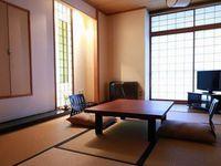「海一望」和室(2F・8畳 トイレ付き客室/※禁煙)
