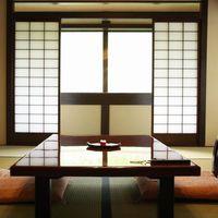 【2階客室】〜胡蝶〜 10畳+前室4畳+洗浄機付トイレ