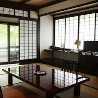 【1階】〜花梨〜 10畳+前室2畳+洗浄機付トイレ