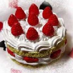 【アニバーサリープラン】特別な日を彩る「ケーキ&モエ・シャンドン」付き〜色褪せない思い出を〜