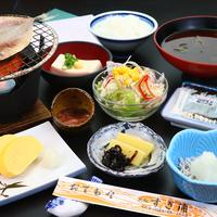 【個室食】【朝食付・平日限定】朝ごはんをしっかり食べて日間賀島散策へGO!レイトチェックインOK!