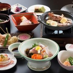 【一泊二食付】夜はミニ会席、朝は和朝食。福井はいいな♪