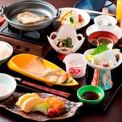【桶盛り会席】2名以上限定☆プチ贅沢・日本海の魅力がつまった『お刺身玉手箱』乾杯ドリンク付♪