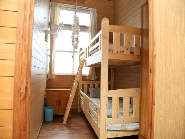 Room Double Bunk Beds