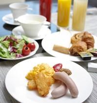 【日曜・祝日限定】お得プラン!!◆◇朝食付◇◆