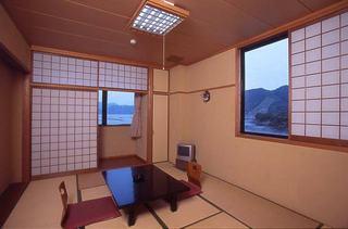 新館和室10畳バス・ウオシュレット付LAN接続無料のお部屋
