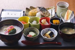 【楽天スーパーSALE】5%OFF極上のくつろぎ時間★遠藤十士夫プロデュースの和朝食