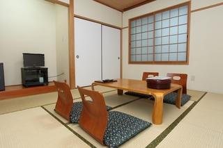 【ききょうの間】和室8畳(トイレ付)