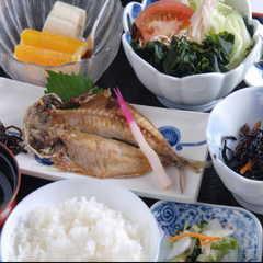【◆4月限定◆】女将からのスペシャル特典付!1泊朝食〜贈答品に人気アイテム!今治タオル付〜