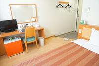 【全室フローリング】増室感謝☆広いお部屋で快適ステイ♪【セミダブル日本ベッド使用 】