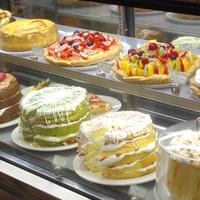 朝食はサンドイッチのお店グラウビュンデンにて♪1500円分お食事券付★≪朝食付≫