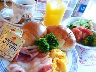 おもてなしプラン ご朝食とご夕食中華ディナーコースと天然温泉ご入浴付き  コンドミニアム