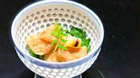 【鯛づくし会席】愛媛県産の鯛を贅沢に用いた会席をお部屋食にて仲居が1品ずつご提供します