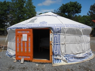 モンゴル遊牧民宿泊施設ゲル(GW4/27〜10/31)