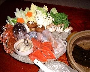 『お二人家族限定』ひらがに、かき等、野菜もたっぷり海鮮鍋.きんきの塩焼きと刺身もついてプラン