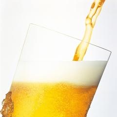 ホテルラウンジでビール! 「氷点下ビール2杯とおつまみ一品(最終入店21時まで)」+「朝食」