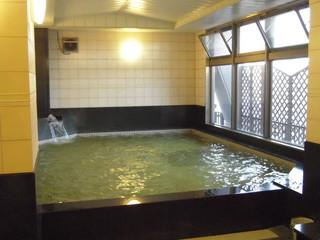 春限定!! カップルプラン♪ 各線なんば駅すぐ!! お部屋のお風呂も天然温泉!!