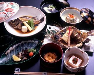 オコゼ家こと魚信のオコゼづくし料理を味わいつくす