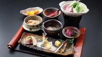【陶芸体験ができる♪】信楽はたぬき★パラダイス!! (朝食&昼食付)