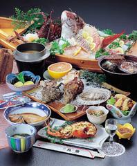 【定番】鯛の姿造りや伊勢海老のお造りが付いた舟盛りが絶品!〜◆魚の栖 会席プラン  「現金特価」