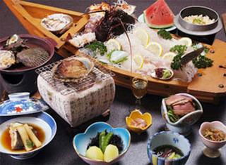【龍宮の舞プラン】 ピチピチ舟盛り、料理法が選べる伊勢海老1匹、鮑1個付き「現金特価」