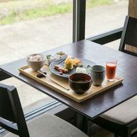 【朝食付】城下町で迎える穏やかな朝、厳選した地元食材を使ったこだわりの和朝食