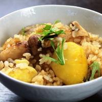 【秋の味覚】アワビステーキ うにソース キャビアのせ&丸ごと一本使った松茸くりご飯♪贅沢に食事を堪能